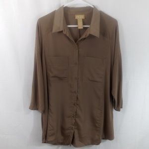 Miss Tina Button Up Blouse in Sandstone